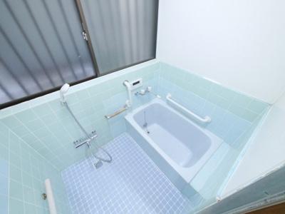【浴室】南増尾3丁目貸家