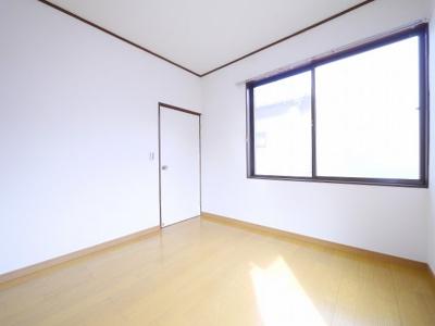 【洋室】南増尾3丁目貸家