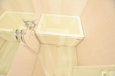 【浴室】カーサフィオーレ壱番館