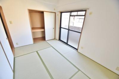 【寝室】カーサフィオーレ壱番館