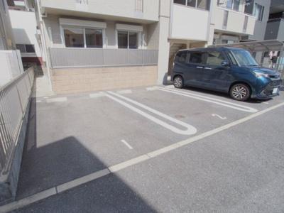 【駐車場】ボナール上安 C棟