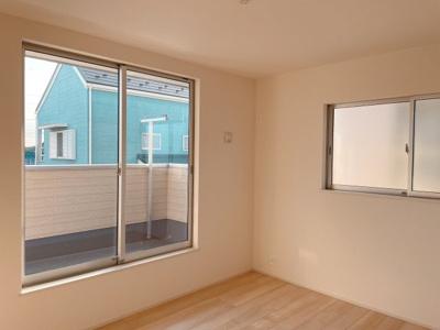 結露やカビのリスクが減り、家の健康寿命が長くなる複層ガラス