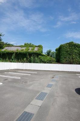 【駐車場】BAYBRANCHE