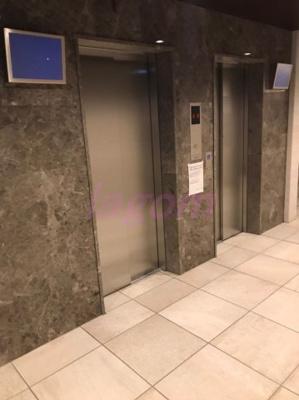 エレベーターも二基
