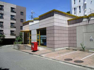 仲町台駅前郵便局まで85m