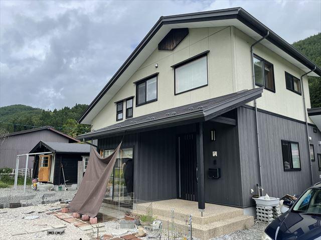 【外観】辰野町横川 中古住宅