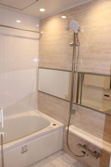 【浴室】ファーネスト室見河畔公園