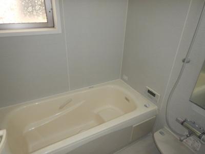 【浴室】三鷹市中原4丁目 中古一戸建て 京王線 つつじヶ丘駅