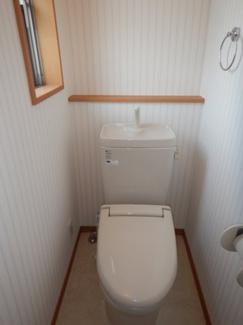 【トイレ】三鷹市中原4丁目 中古一戸建て 京王線 つつじヶ丘駅