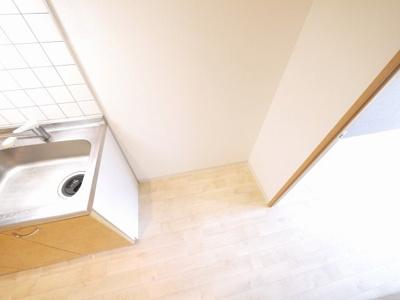 冷蔵庫置き場も確保。