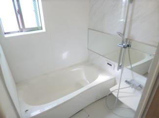 雨の日にも活躍する浴室換気乾燥機付ユニットバス。