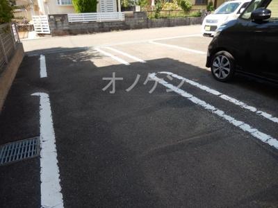 【駐車場】ロークアット