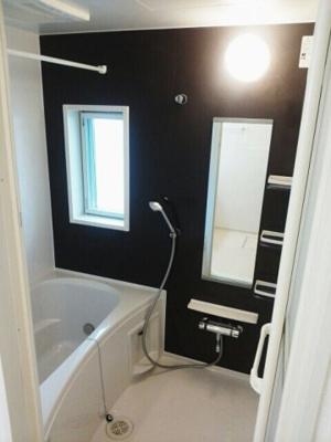 【浴室】ウィンクルム七田 弐番館