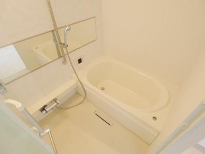 【浴室】レーヴィンスⅢ