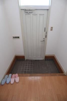 【玄関】タウンハウス今寺