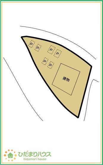 ご家族でお車に乗る方に!駐車場6台分あります!