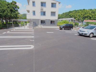 【駐車場】リバーサイド伴中央