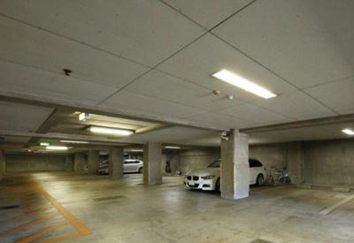 リドレス西荻窪の駐車場です。