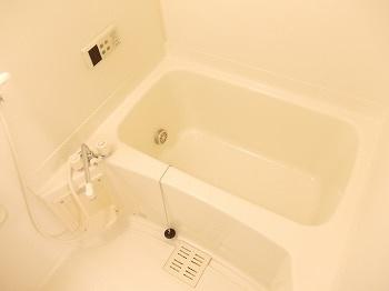 【浴室】グランアルブルA