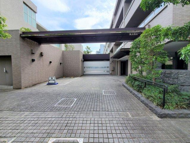 【駐車場】ザ・パークハウス学芸大学四季の杜