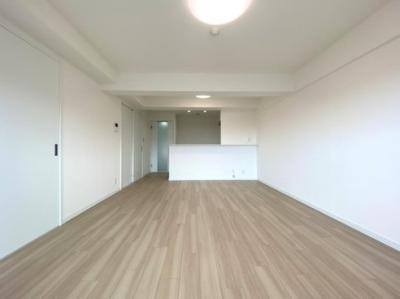 【居間・リビング】サニークレスト夙川公園