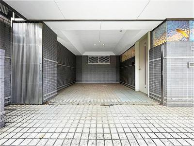 東急東横線「中目黒」駅徒歩6分。新規内装リフォーム済の中古戸建です。