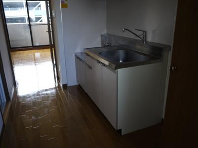 【キッチン】ロイヤル山口Ⅲ