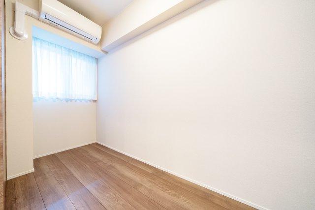 LDKに隣接した洋室は引き戸を開けて開放的にお使いいただけます