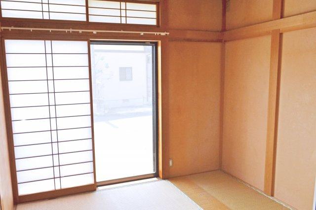 1階和室(6帖) ゆったりとくつろげる和室です