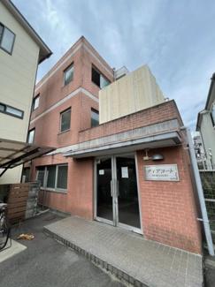 【外観】京阪本線「墨染駅」徒歩3分!総戸数63戸大規模一棟マンション