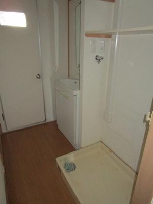 室内洗濯機置場あります