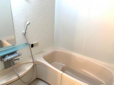 コンパクトで使いやすいお風呂です 【COCO SMILE ココスマイル】同型タイプ