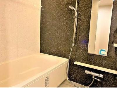 1418タイプの浴室。浴室乾燥機付きです♪