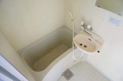 【浴室】メゾン・ド・ディマンシェ