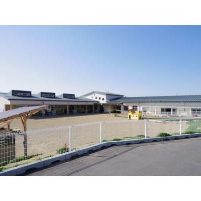 幼稚園・保育園「みつばち保育園まで607m」