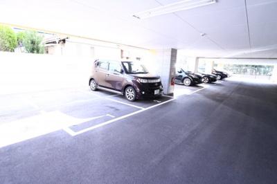 【駐車場】アロハマリーナ