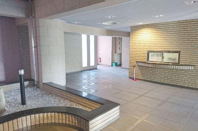 【エントランス】エクセル新金岡(金岡小学校)