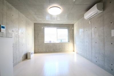 「2面採光で角部屋です」