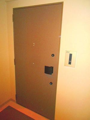 玄関ダブルロックセキュリティです