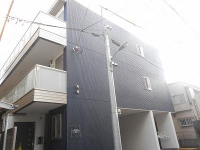 2015年12月築の綺麗なマンションのご紹介です。