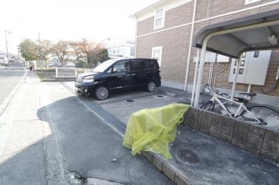 【駐車場】ポライトリーA