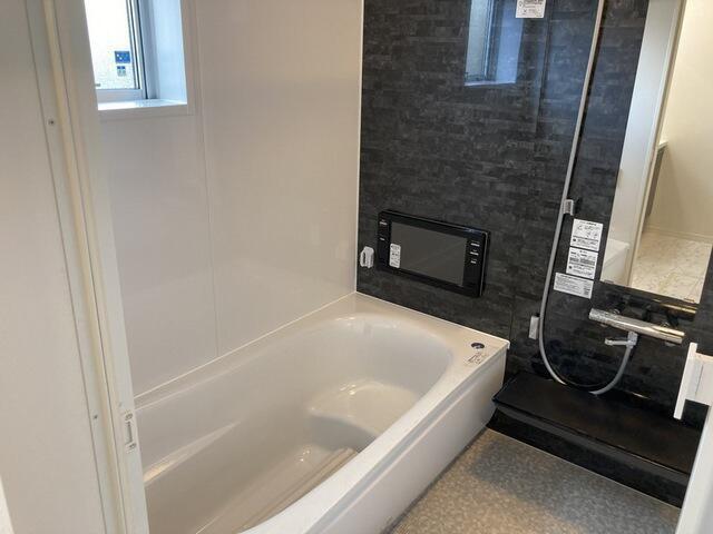 【浴室】中河原 新築戸建