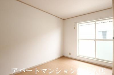 【寝室】コンフォールサースB