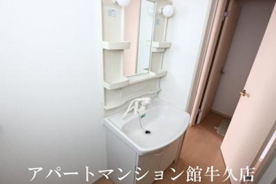 【洗面所】コンフォールサースB