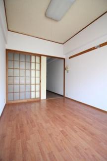【寝室】第五香川ハイツ