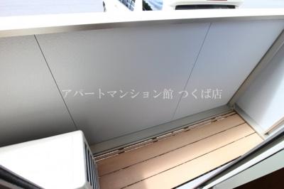 【バルコニー】アゼリア