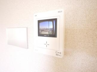 TVモニターホン付で来訪者の確認が可能です