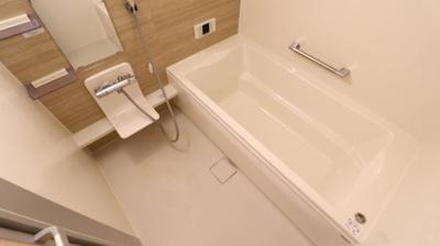 【浴室】ブル・マリーノ衣掛