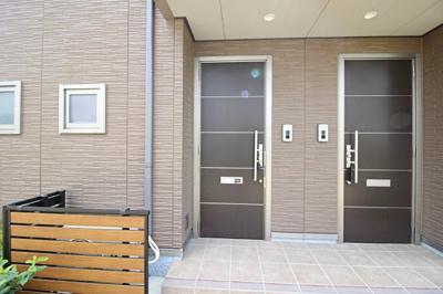 【玄関】ブライトグリーンⅡ