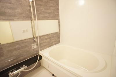 【浴室】サンパレイユ